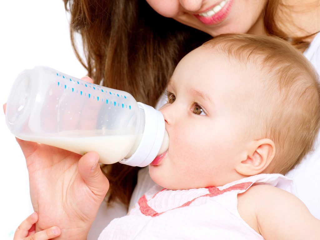 vómitos en bebes regurgitaciones