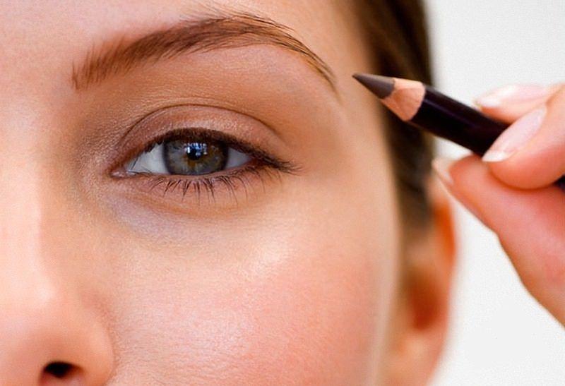 depilación de cejas con hilo paso 3