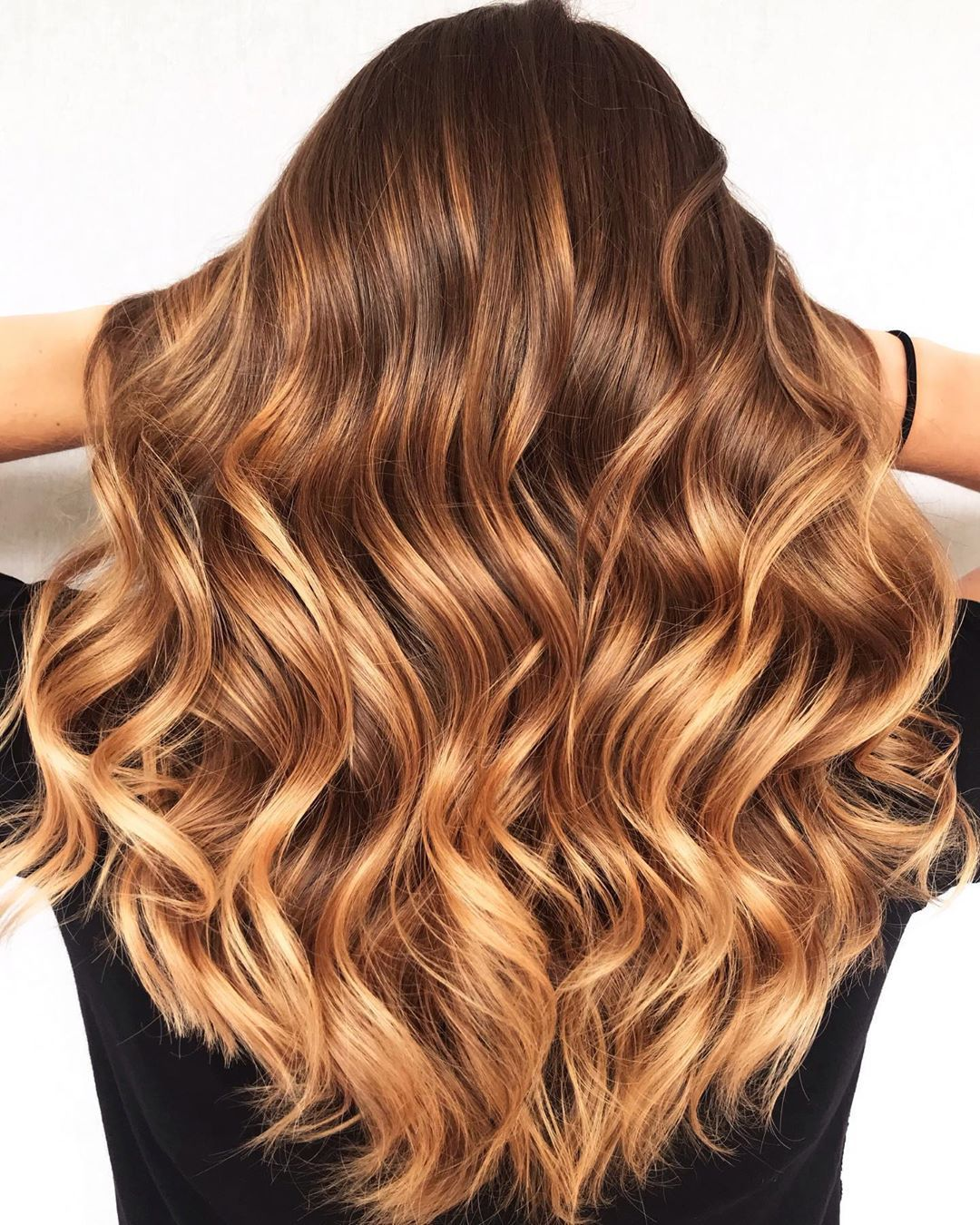 mechas balayage color caramelo